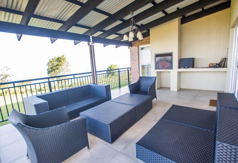 HoyoHoyo Eagle's View Eco Estate, Graskop, House, 4 Bedrooms (Khoza), Terrace/Patio