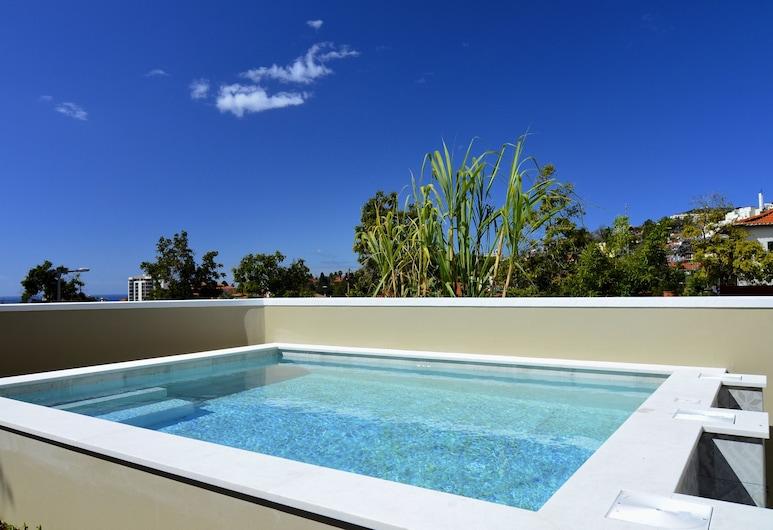 托卡別墅飯店, 芳夏爾, 室外游泳池