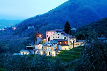 Picture of Tenuta San Pietro Hotel & Restaurant in Capannori