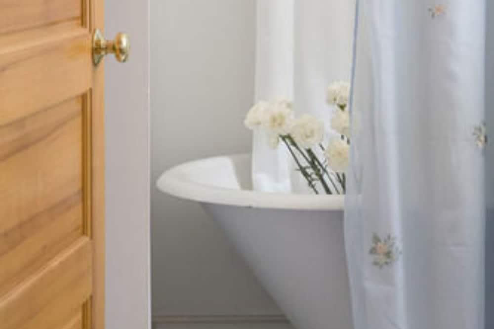 Room, Private Bathroom (Morning Glory) - Bathroom