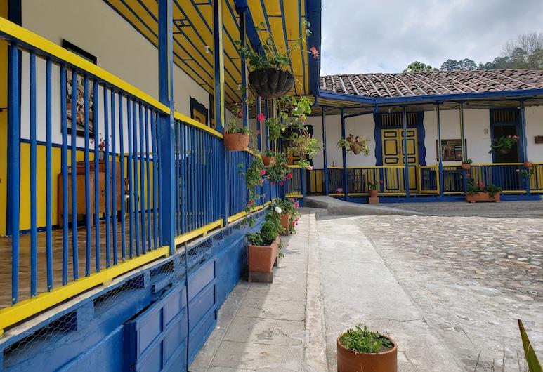 El Rancho de Salento by Prima Collection, Salento, Terrace/Patio