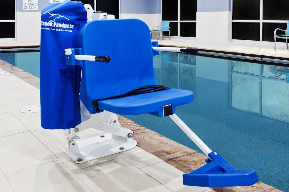 Svømmebasseng