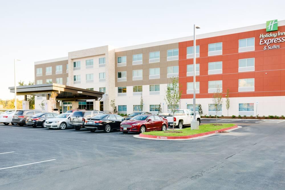Holiday Inn Express & Suites Russellville, an IHG Hotel, Russellville