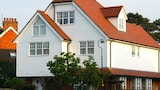 Choose This 3 Star Hotel In Hythe