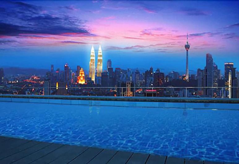 Regalia Suites & Hotel, Kuala Lumpur, Tetőteraszi medence