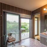 Baram - Bathroom