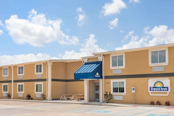 Picture of Days Inn by Wyndham New Orleans Pontchartrain in New Orleans