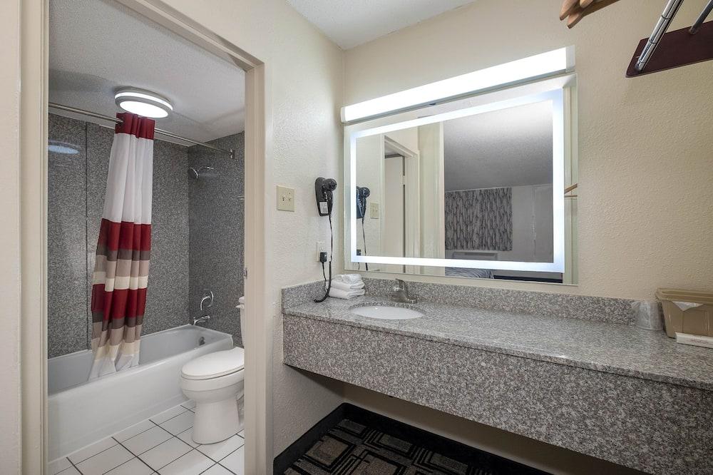 Pokoj typu Superior, dvojlůžko (200 cm), kuřácký - Koupelna