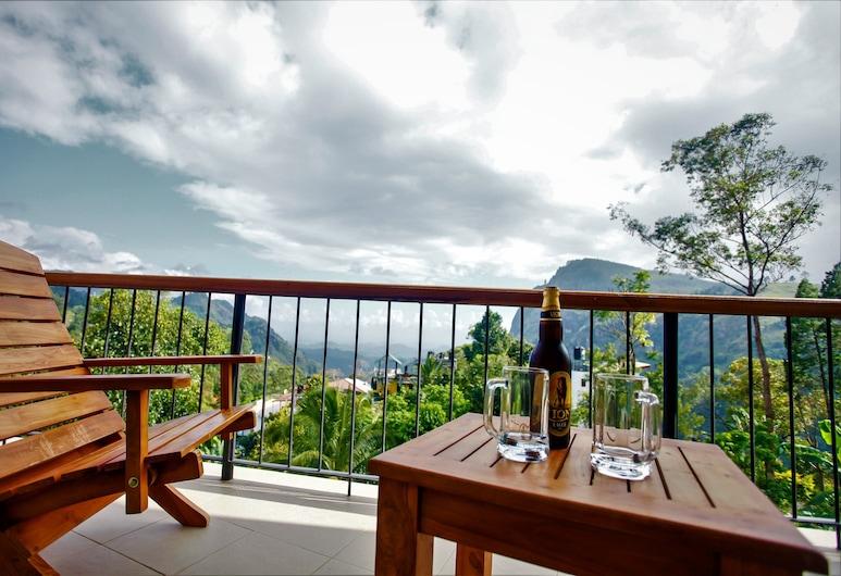 Hotel Onrock, Ella, Deluxe Double Room, Balcony, Mountain View, Guest Room