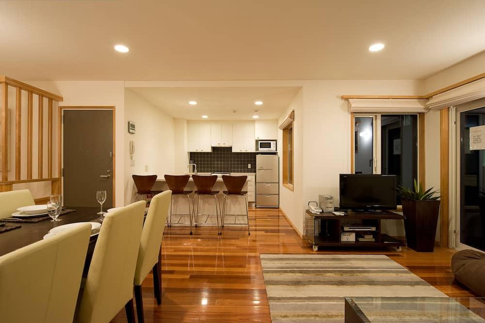 Unit 10, (3 bedroom 2 bathroom) - Living Area