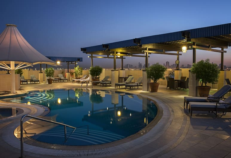 Grand Excelsior Hotel Deira, Dubai, Kolam Renang Luar Ruangan