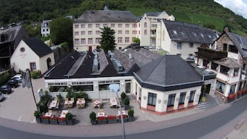 Enter your dates to get the Treis-Karden hotel deal