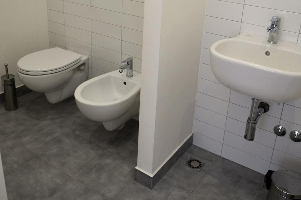 Romantic Double or Twin Room, 1 Bedroom, Balcony - Bathroom