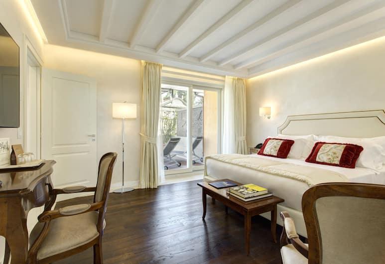 Hotel degli Artisti, Rome, Premier Suite (Sky Suite), Guest Room