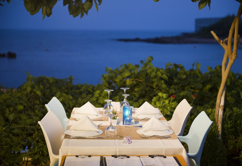 Numa Beach & Spa Hotel - Adults Only - All Inclusive, Alanya, Restaurante al aire libre