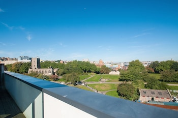 Picture of Cleyro Serviced Apartments-Finzels Reach in Bristol