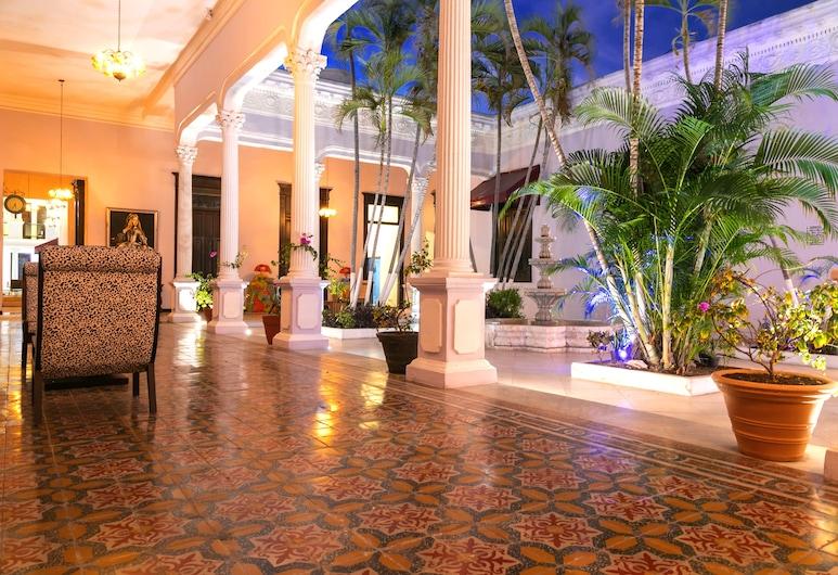 HOTEL BOUTIQUE MANSION LAVANDA, Mérida, Family Δωμάτιο, 2 Υπνοδωμάτια, Περιοχή καθιστικού
