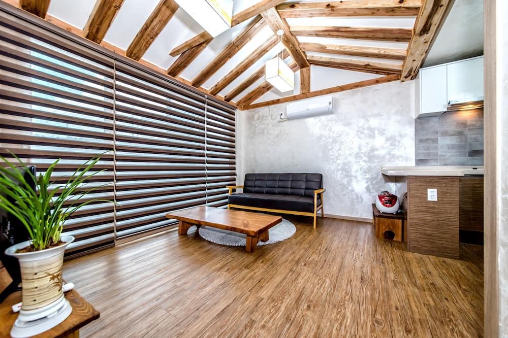 Vila, 1 spálňa (Mockery) - Obývacie priestory