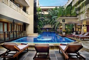 ภาพ โรงแรมเพอร์มาตา กูตา ใน ตูบัน