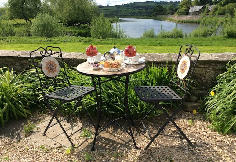 Aberllynfi Riverside Guesthouse, Hereford, Outdoor Dining