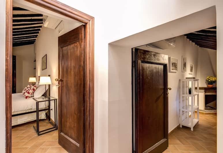 Piccolo Trevi Suites, Rome, Hotel Interior