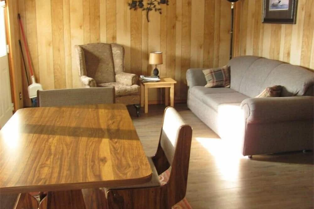Cottage, 2 Bedrooms (Cottage #3) - Living Area
