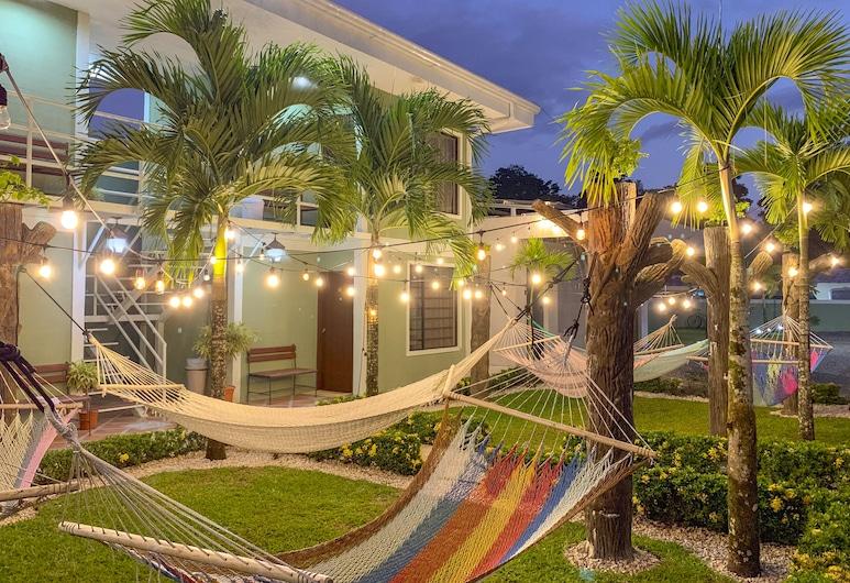 La Fortuna Backpackers Resort, La Fortuna, Терраса/ патио