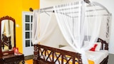 Reserve this hotel in Sri Jayawardenepura Kotte, Sri Lanka