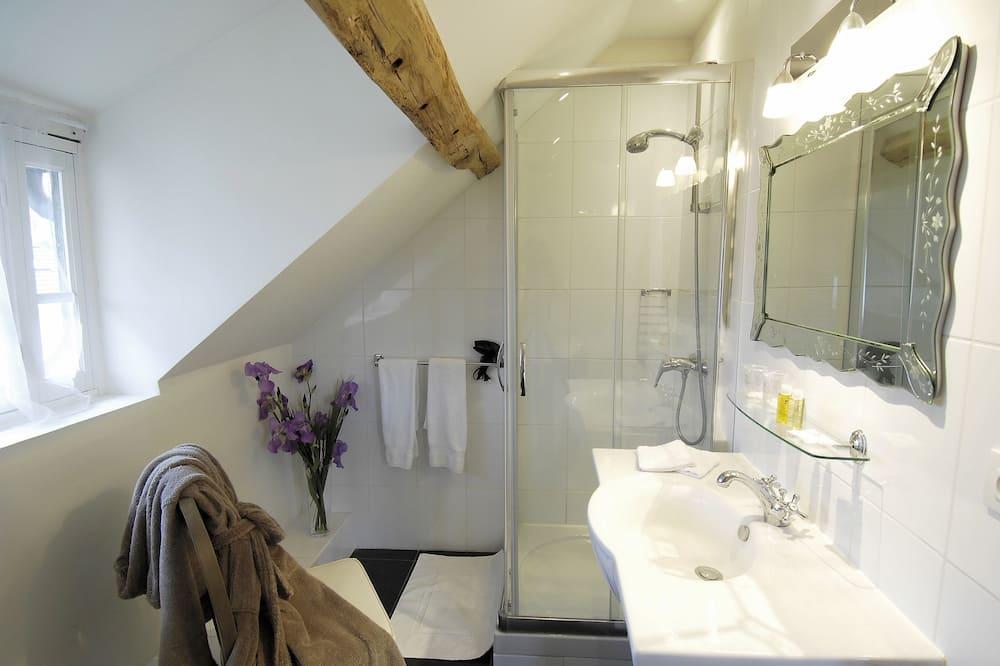 Double Room (Charme) - Bathroom