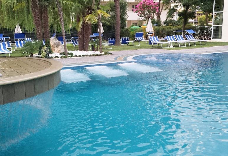 Hotel Terme Belsoggiorno, Abano Terme, Pool Waterfall