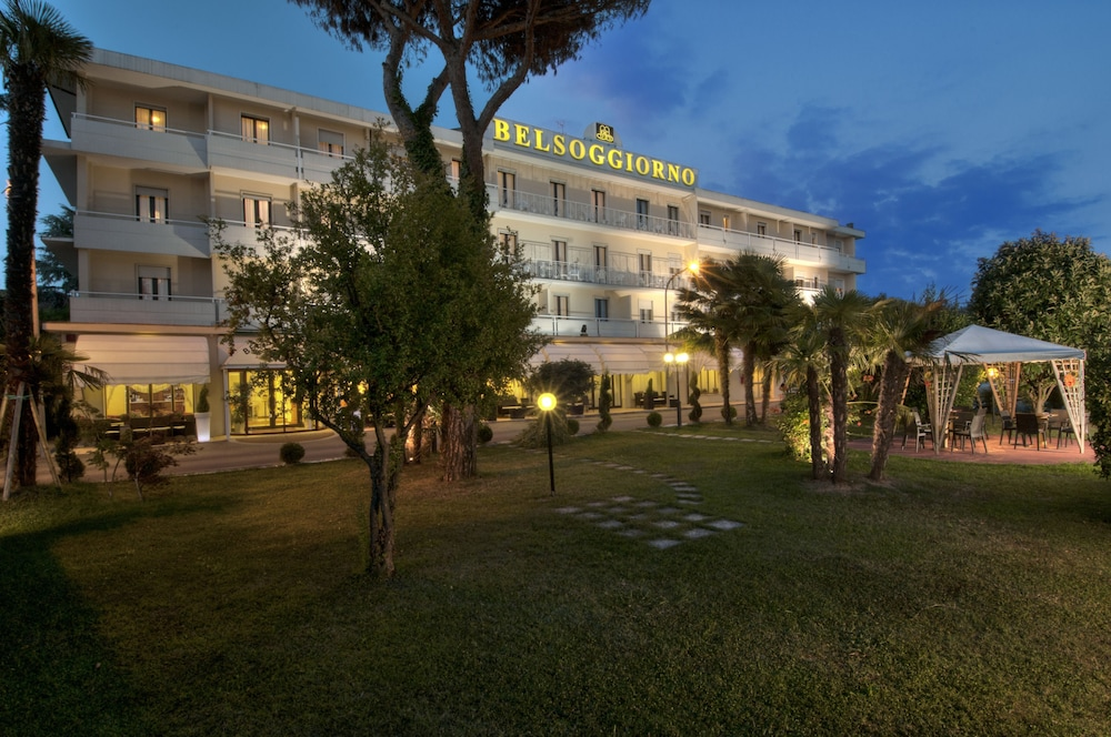 Book Hotel Terme Belsoggiorno in Abano Terme | Hotels.com