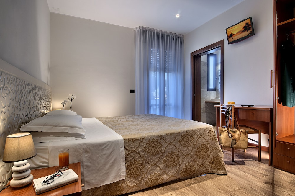 Hotel Terme Belsoggiorno in Abano Terme - Hotels.com