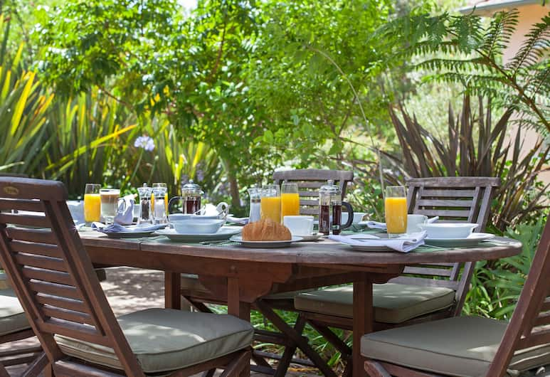Medindi Manor, Cape Town, Outdoor Dining