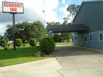 Picture of Economy Inn in Carencro