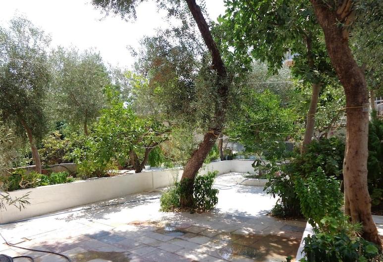 Katerina Hotel, Nafplio, Property Grounds
