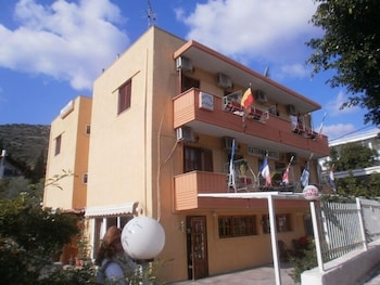 Picture of Katerina Hotel in Nafplio