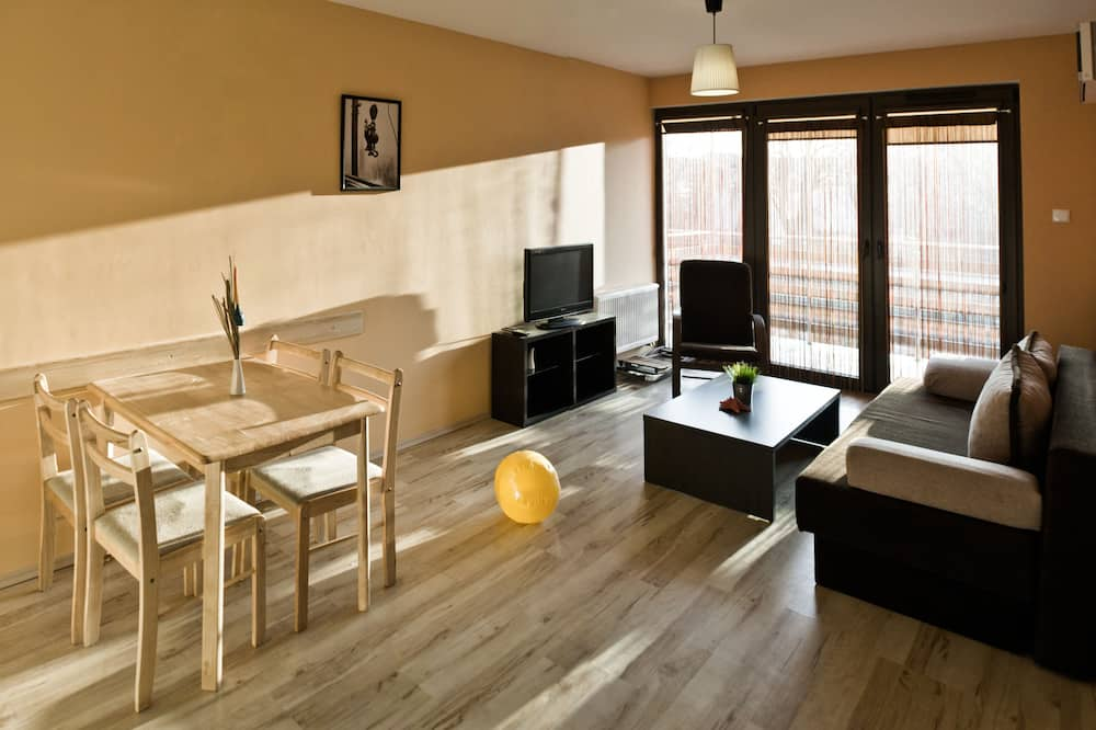 Apartment, 1 Bedroom (4 persons) - Living Area