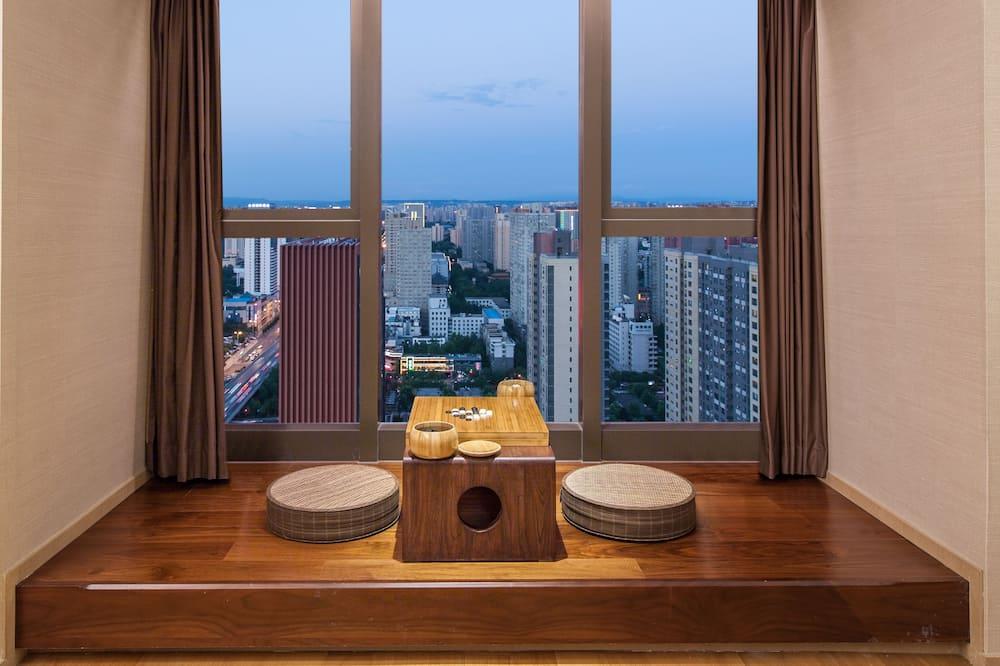 Pamatklases studijas tipa numurs, 2 vienguļamās gultas, privāta vannasistaba, skats uz pilsētu - Balkons