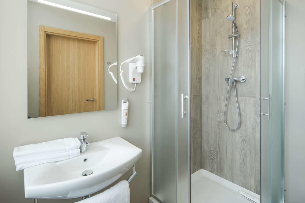 Kamar Standar, 2 Tempat Tidur Twin - Shower Kamar Mandi