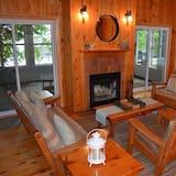 Kućica, 4 spavaće sobe, kuhinja, pogled na jezero - Dnevna soba