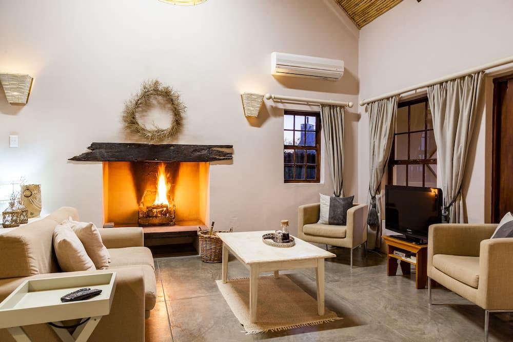 Cottage #1 Kanon - Living Room