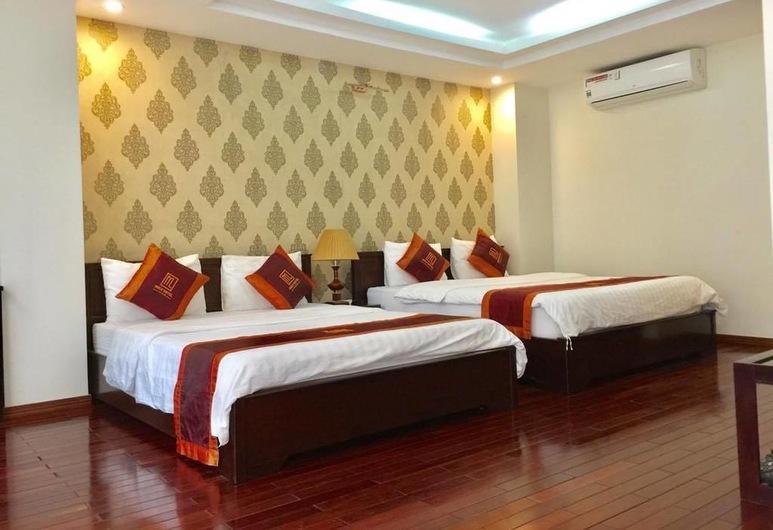 Mely Hotel, Hanoi, Familie slaapzaal, 1 slaapkamer, Bad, Uitzicht op de stad, Kamer