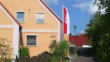 Reserve this hotel in Graben, Germany