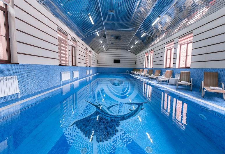 因昌奎拉顶级高档酒店, 塔什干, 室内游泳池