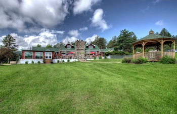 Picture of Black Forest Inn Bed & Breakfast in Rapid City