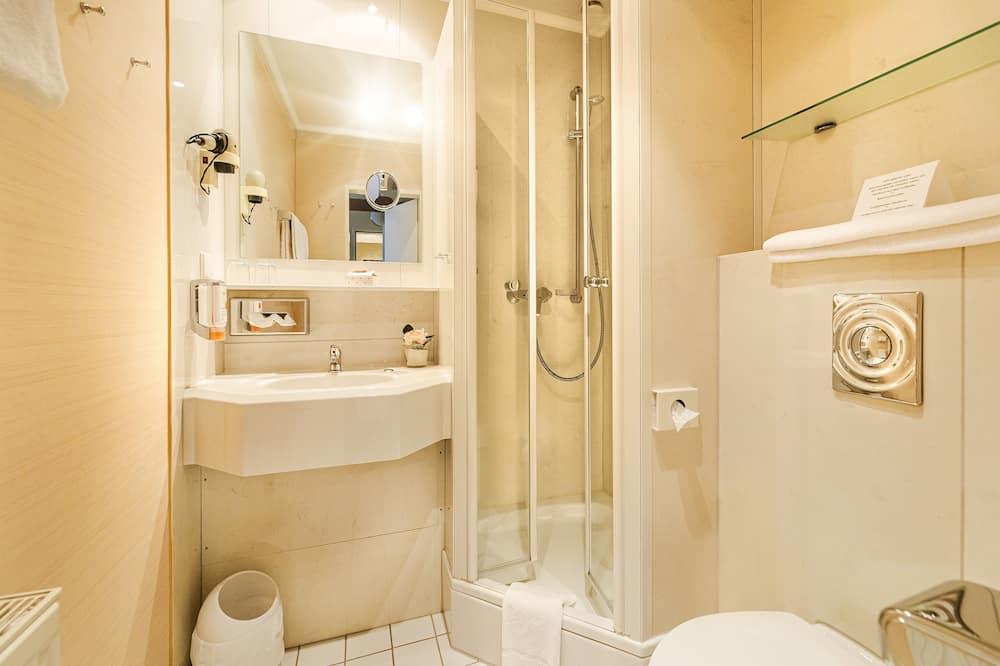 Двухместный номер «Комфорт» с 1 двуспальной кроватью, балкон - Ванная комната