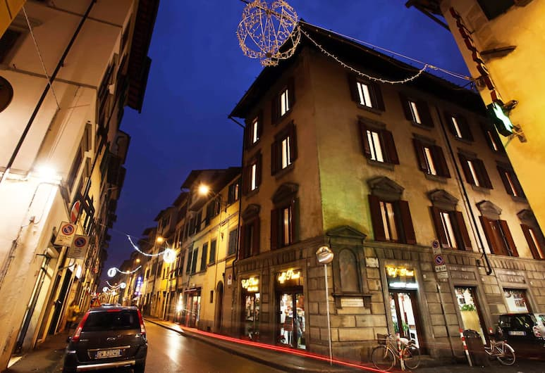 Dimora Pieri, Florence, Front of property - evening