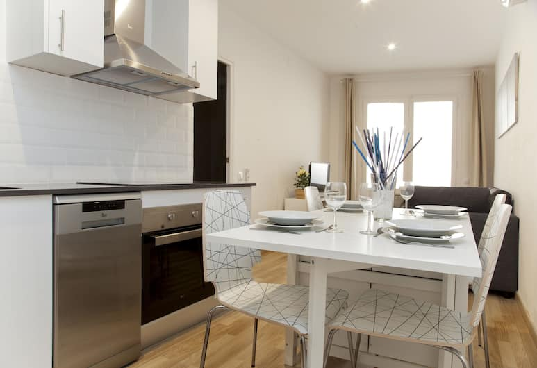 Flateli Roger, Barcelona, Apartment, 2 Bedrooms (2-1), In-Room Dining