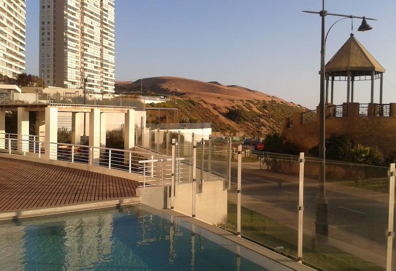 蒙特馬爾海岸酒店, 剛恭, 室外泳池