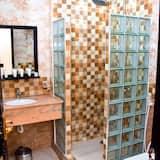 prabangus dvivietis kambarys - Vonios kambarys